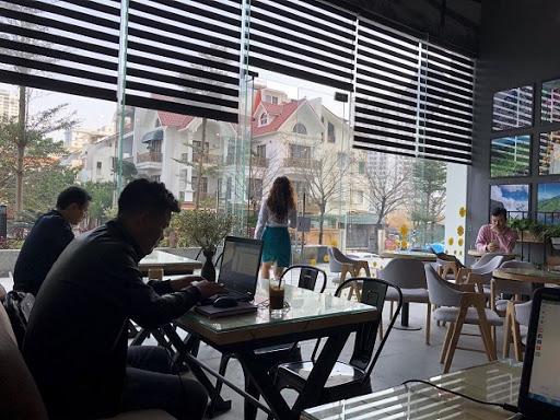 Rèm Cầu Vồng Hàn Quốc Tại Hà Nội